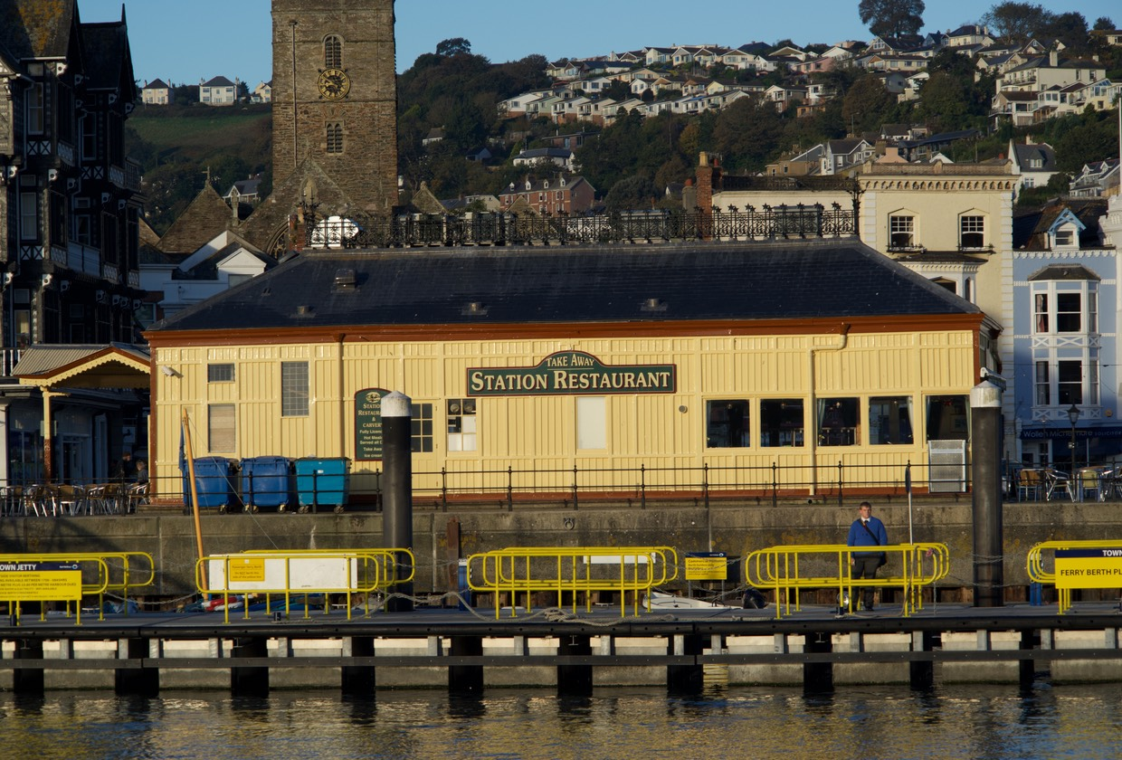 151020 Early morning River cruise Dartmouth to Totnes The railway station that never was