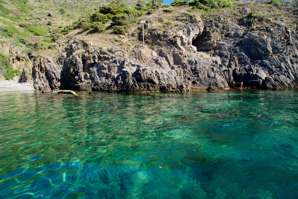 180627 10 Cala Cativa Clear waters